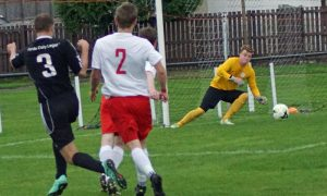 Peebles keeper denies Luke Fleming